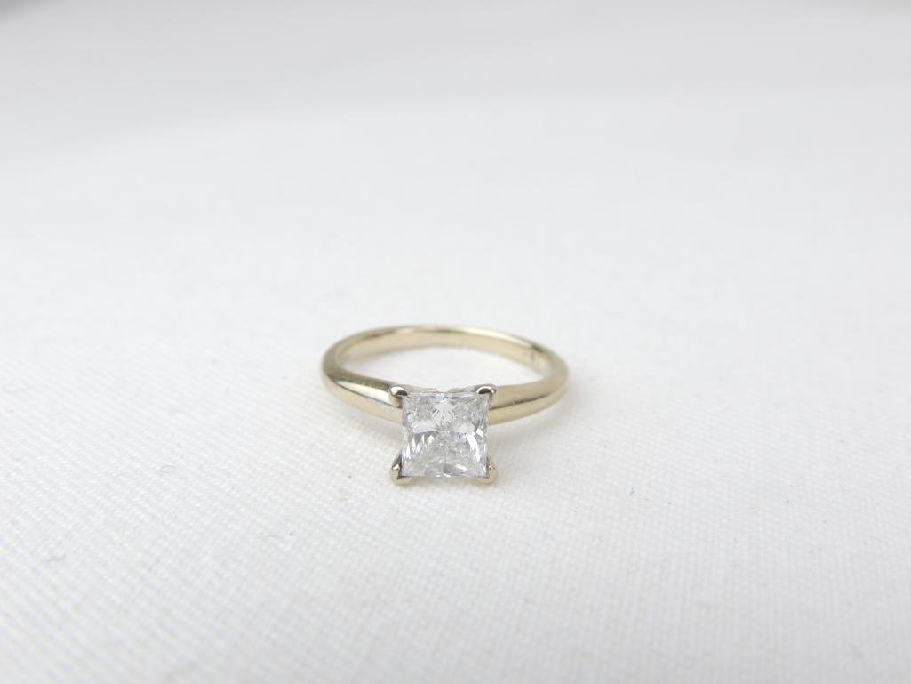 18k Yellow Gold Princess Cut Diamond Solitaire Ring w