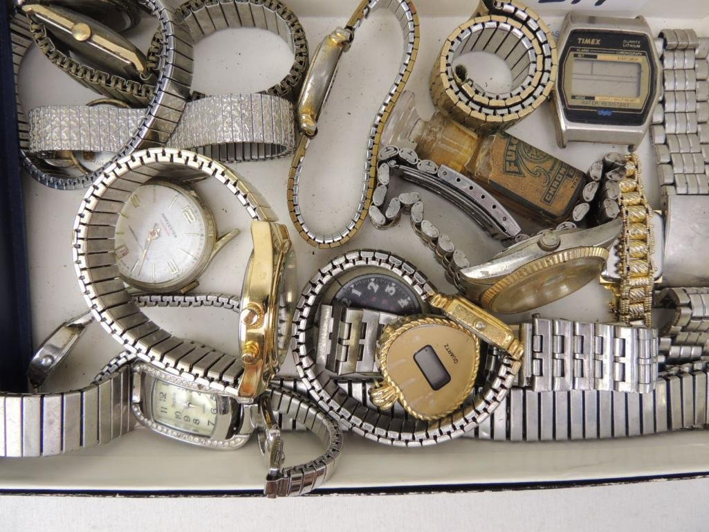 Large Lot of Vintage and Modern Wrist Watches - 4