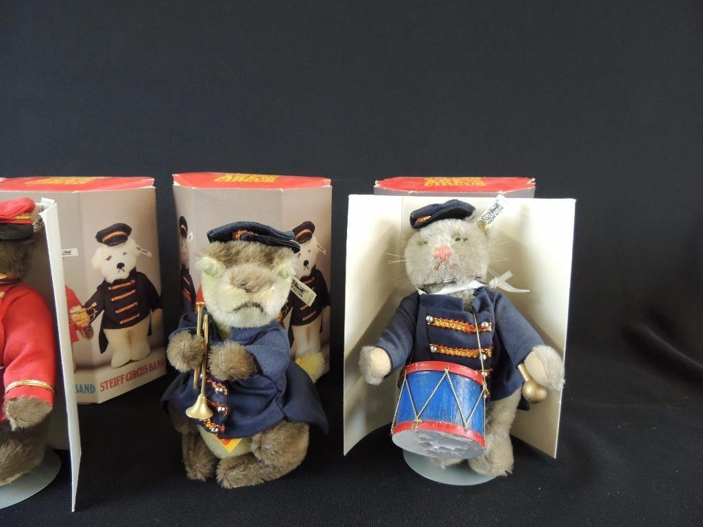 Group of 5 Golden Age of the Circus Steiff Circus Band - 2