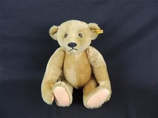 Antique Humpback Steiff Teddy Bear with Original Tag