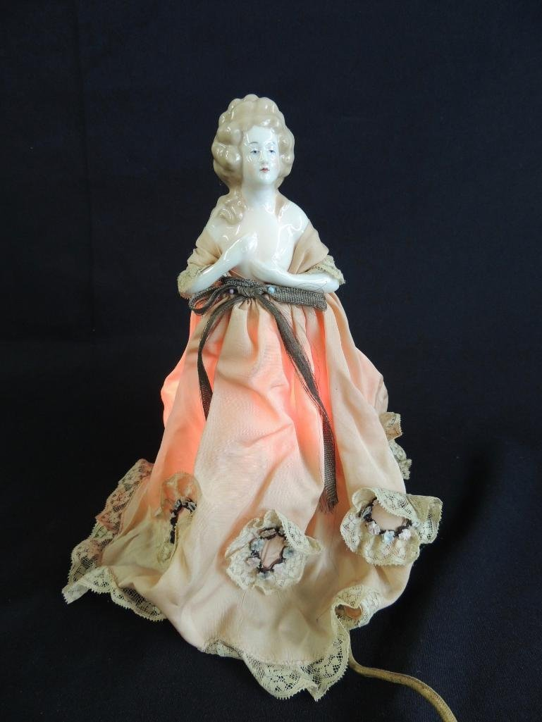 Antique Porcelain Victorian Woman Lamp with Pink Dress - 3