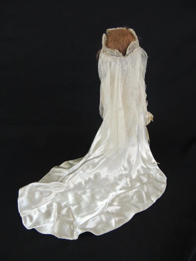 Vintage Bride Doll with White Dress and Flowers - 3