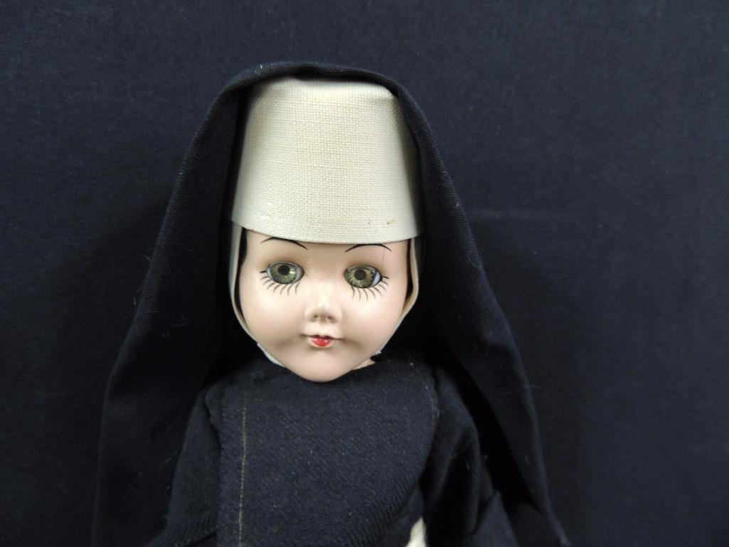 Group of 3 Vintage Nun Dolls - 2