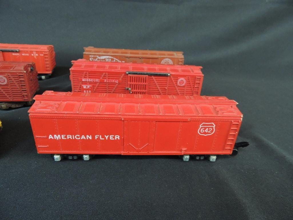 Group of 6 Vintage American Flyer Box Cars Featuring - 5