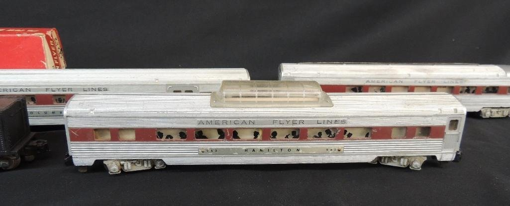 Vintage Group of 5 American Flyer Locomotive and - 3
