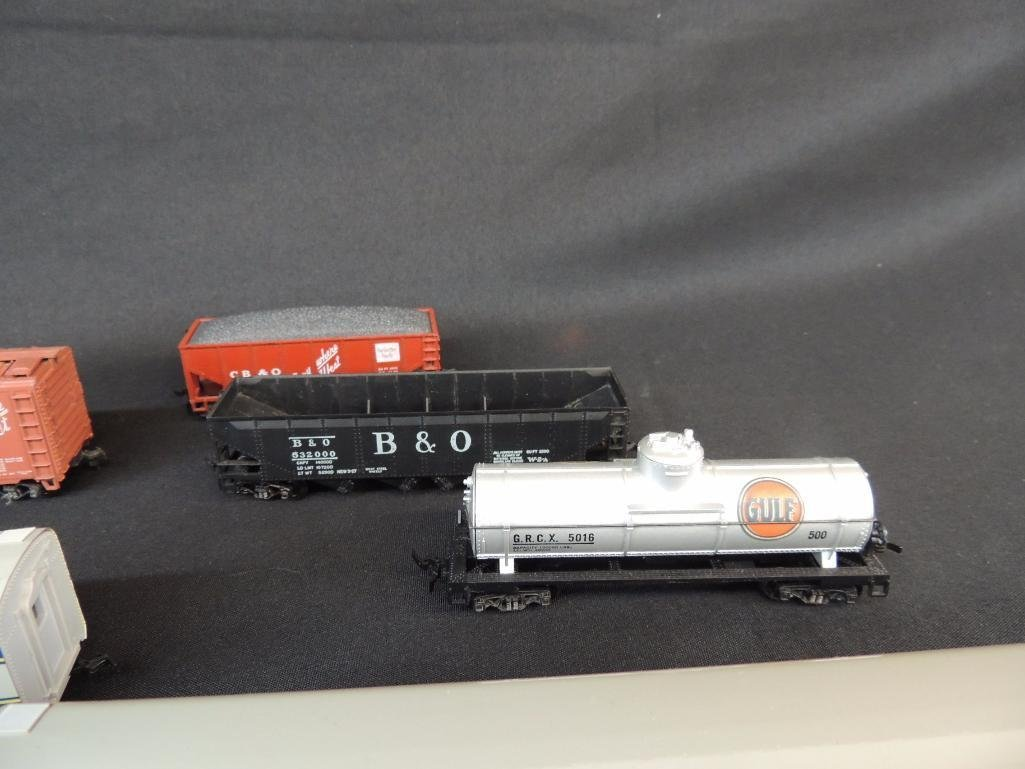Group of 7 Varney Train Cars Featuring Gulf, Everywhere - 3