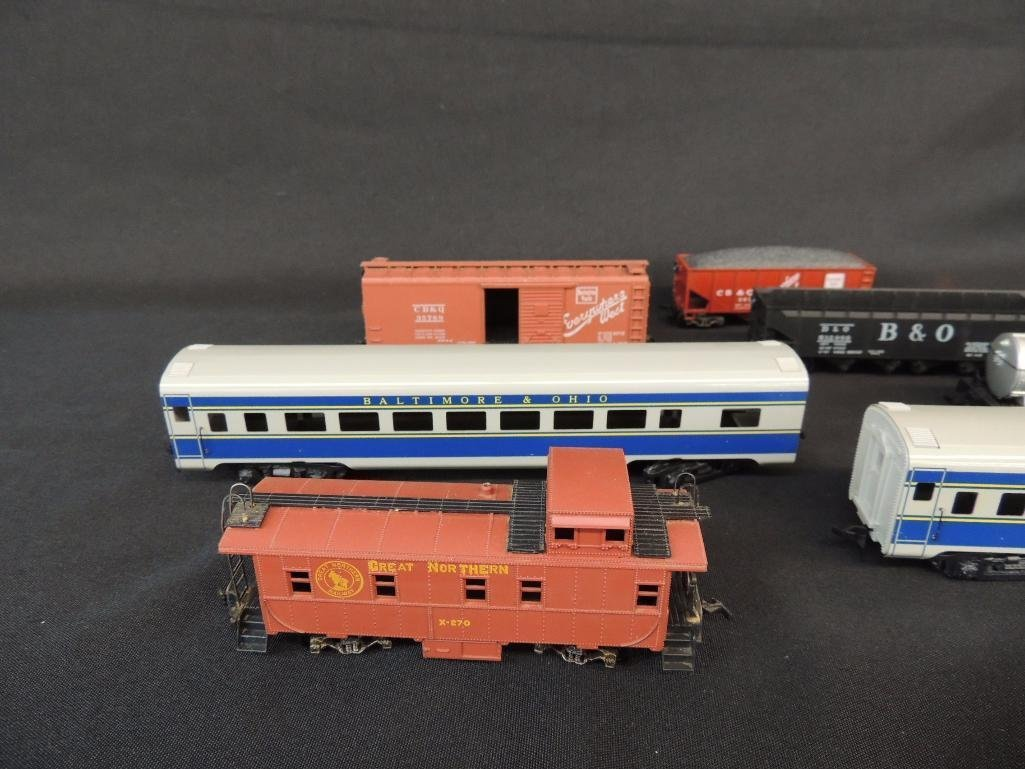 Group of 7 Varney Train Cars Featuring Gulf, Everywhere - 4