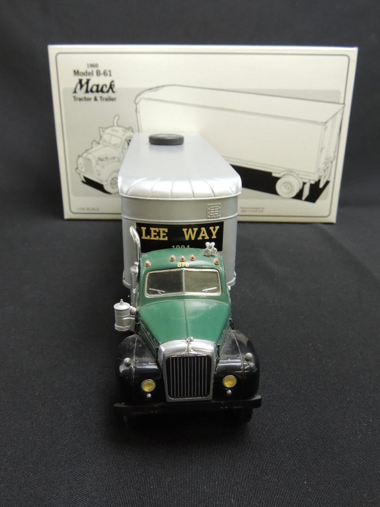 First Gear 1960 Model B-61 Mack Lee Way Motor Freight - 2