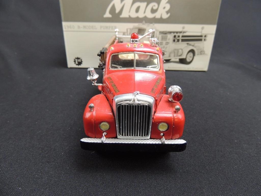 First Gear N.F.D. 1960 Mack B-Model Pumper Fire Truck - 3