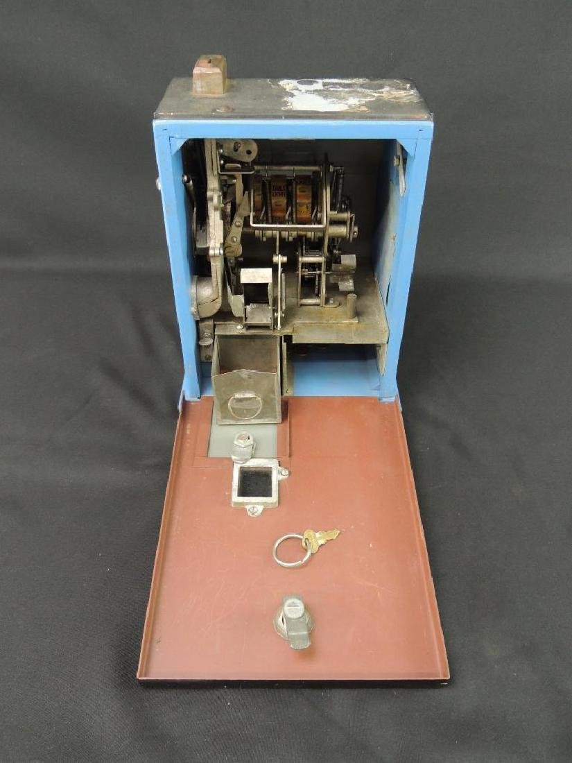 """Antique """"Penny Play"""" Win-A-Pack Trade Stimulator with - 7"""