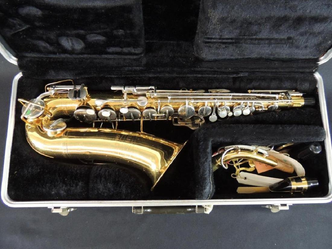 Bundy Selmer Saxophone with Hard Case