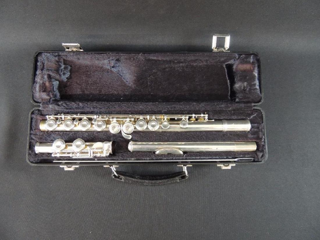 Armstrong No. 104 Flute with Case