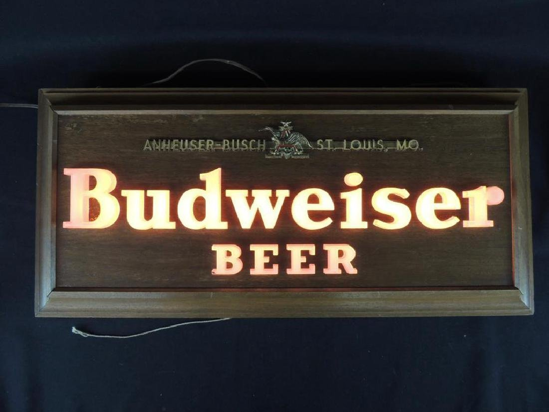 Budweiser Vintage Advertising Light Up Beer Sign - 2