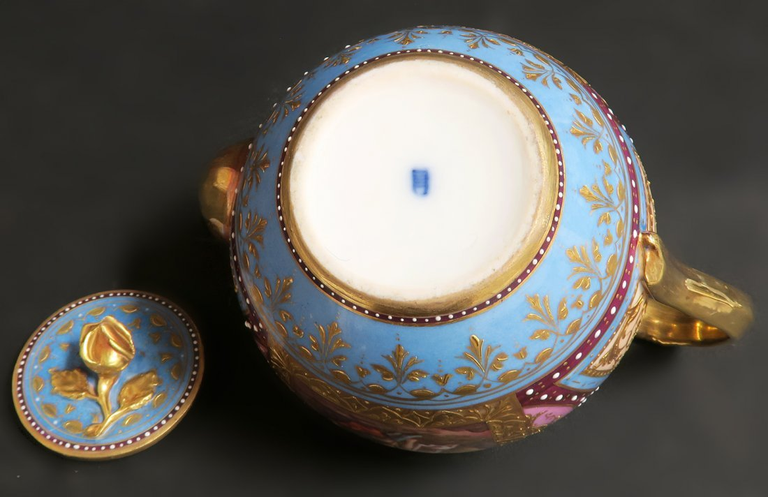 19th C. Hand Painted Royal Vienna Tea Set. Museum quali - 10