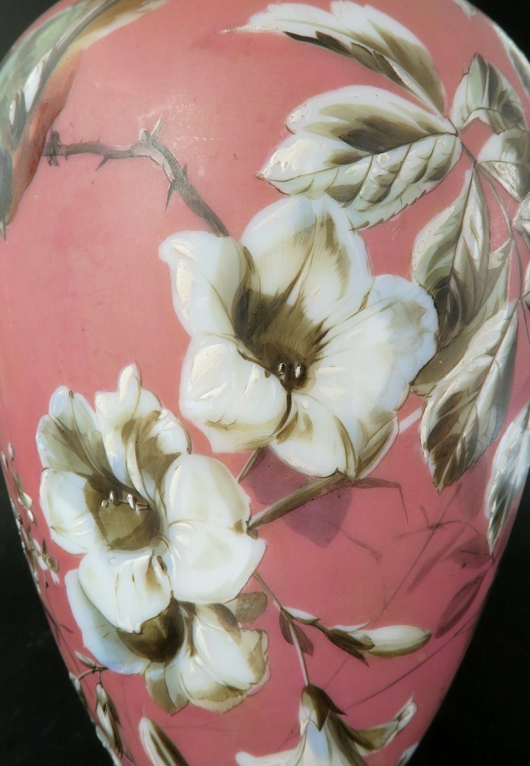 French Pair of Baccarat Opaline Vases. 19th Century - 5