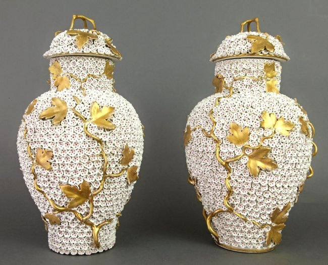 19th C. Large Pair of Meissen Snowball / Schneeballen