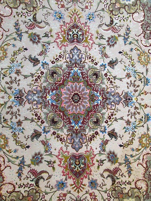 Fine Persian Silk and Wool Area Rug, hand knotted - 2