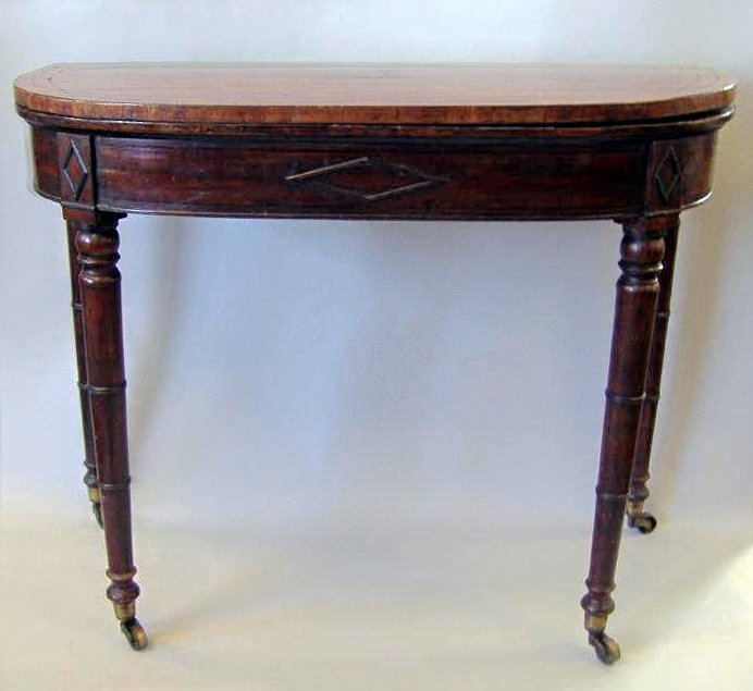 Mahogany card table - 2