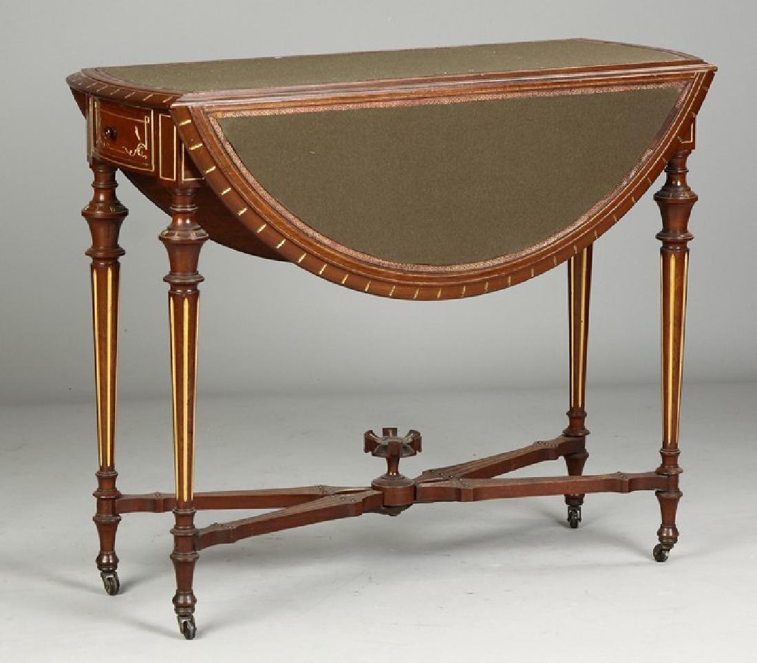19th C. Beautiful NY Victorian Swing Leg Table