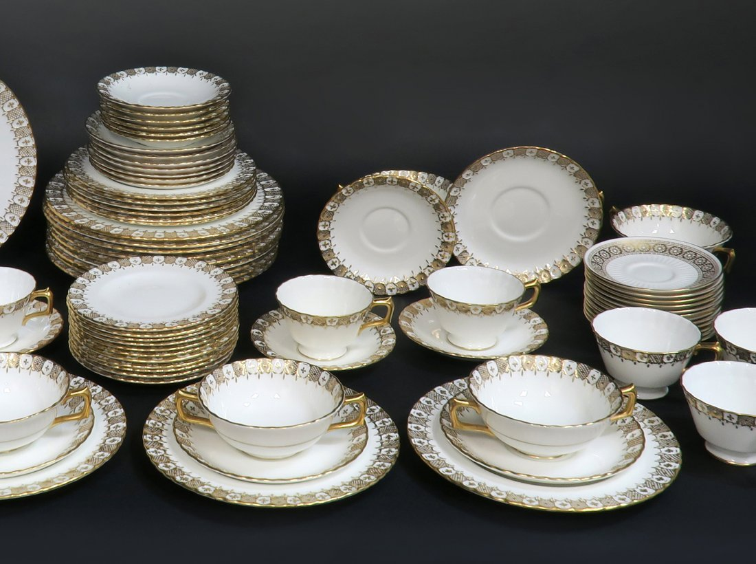 Royal Crown Dinner Plate Set 87 pieces - 2