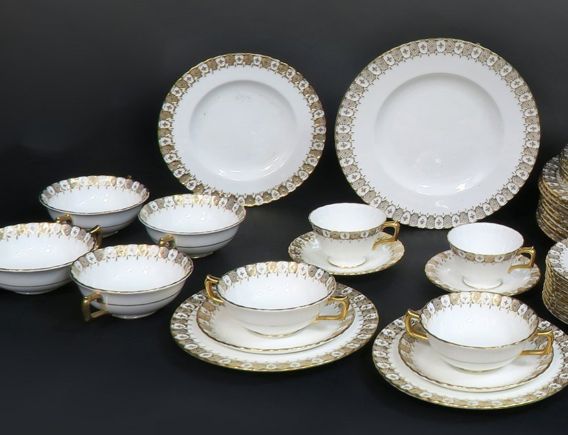 Royal Crown Dinner Plate Set 87 pieces - 3