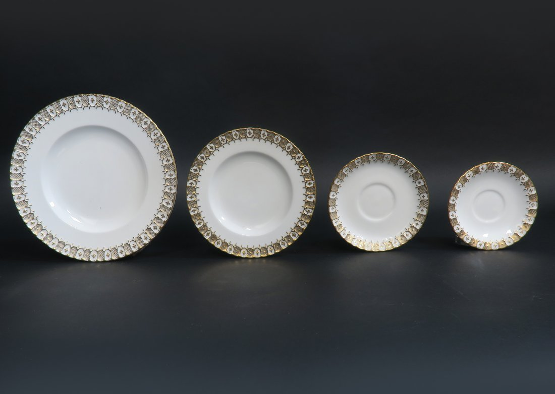 Royal Crown Dinner Plate Set 87 pieces - 7