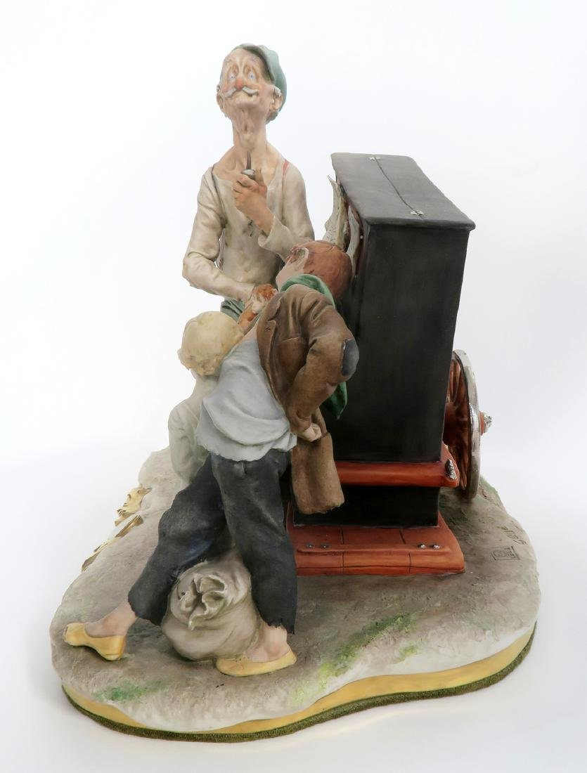 """SIGNED """"G. GALLE"""" PORCELAIN FIGURINE MUSIC BOX - 3"""