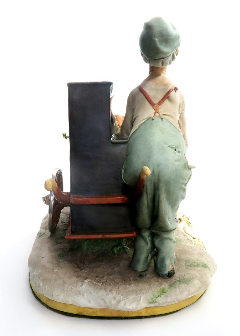 """SIGNED """"G. GALLE"""" PORCELAIN FIGURINE MUSIC BOX - 5"""