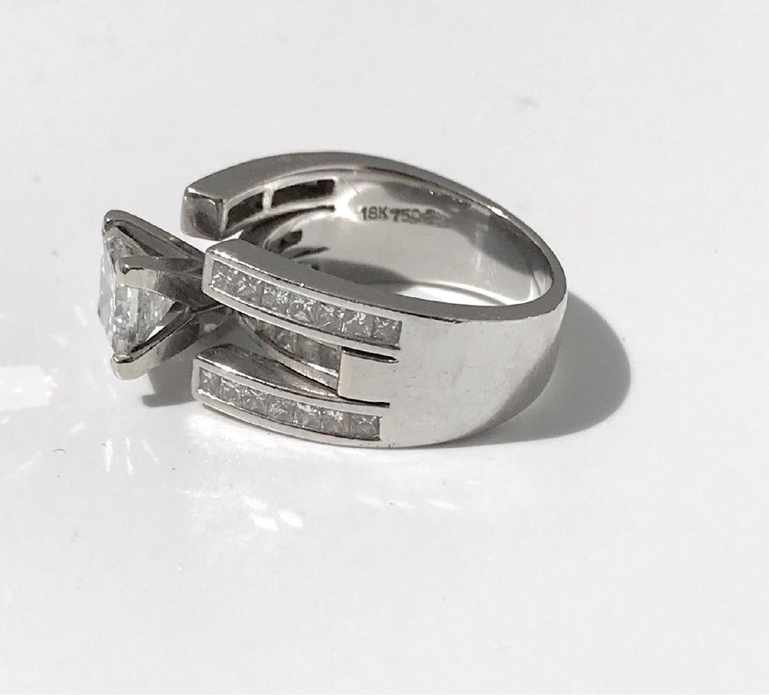 Lady's 18kt White Gold With Diamonds Engagement Ring - 8