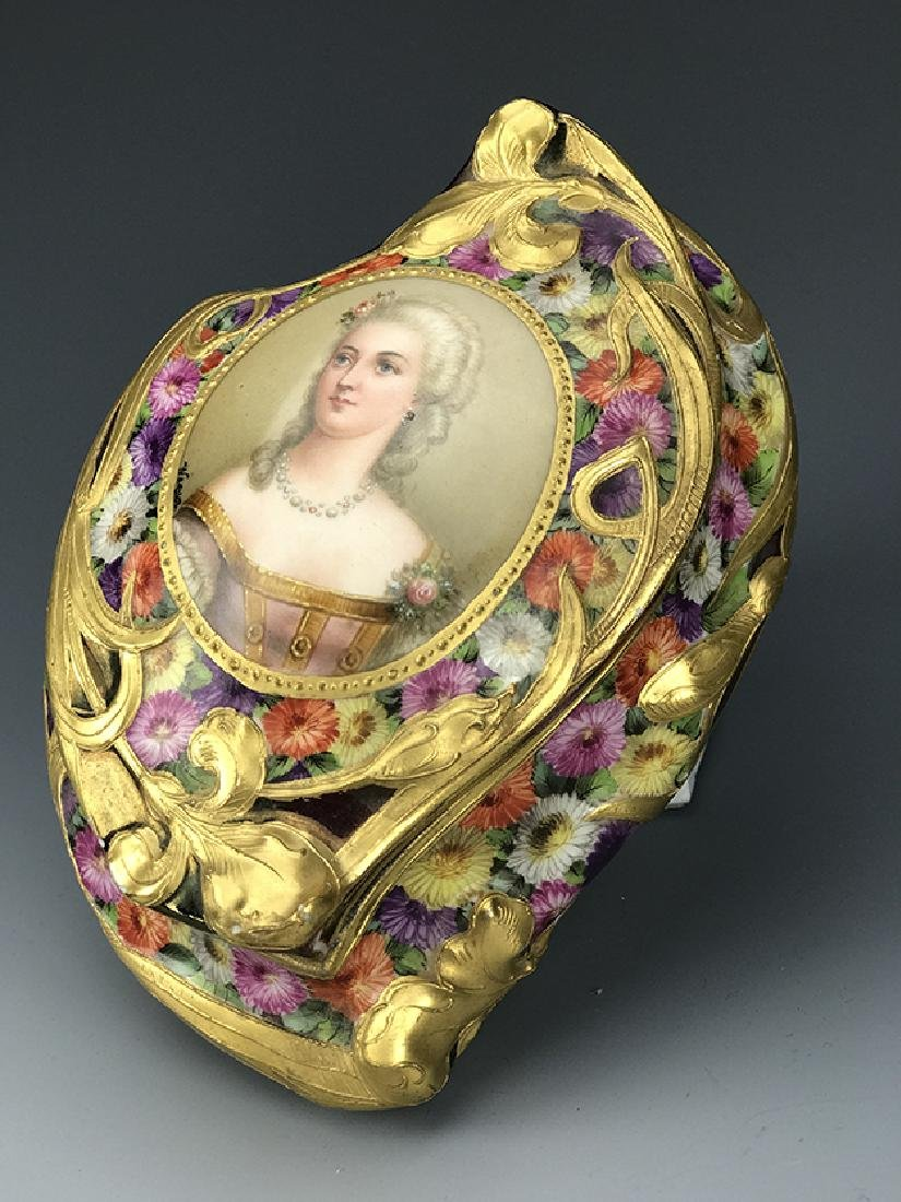 Royal Vienna Hand Painted Jewelry Box, 19th C. - 5