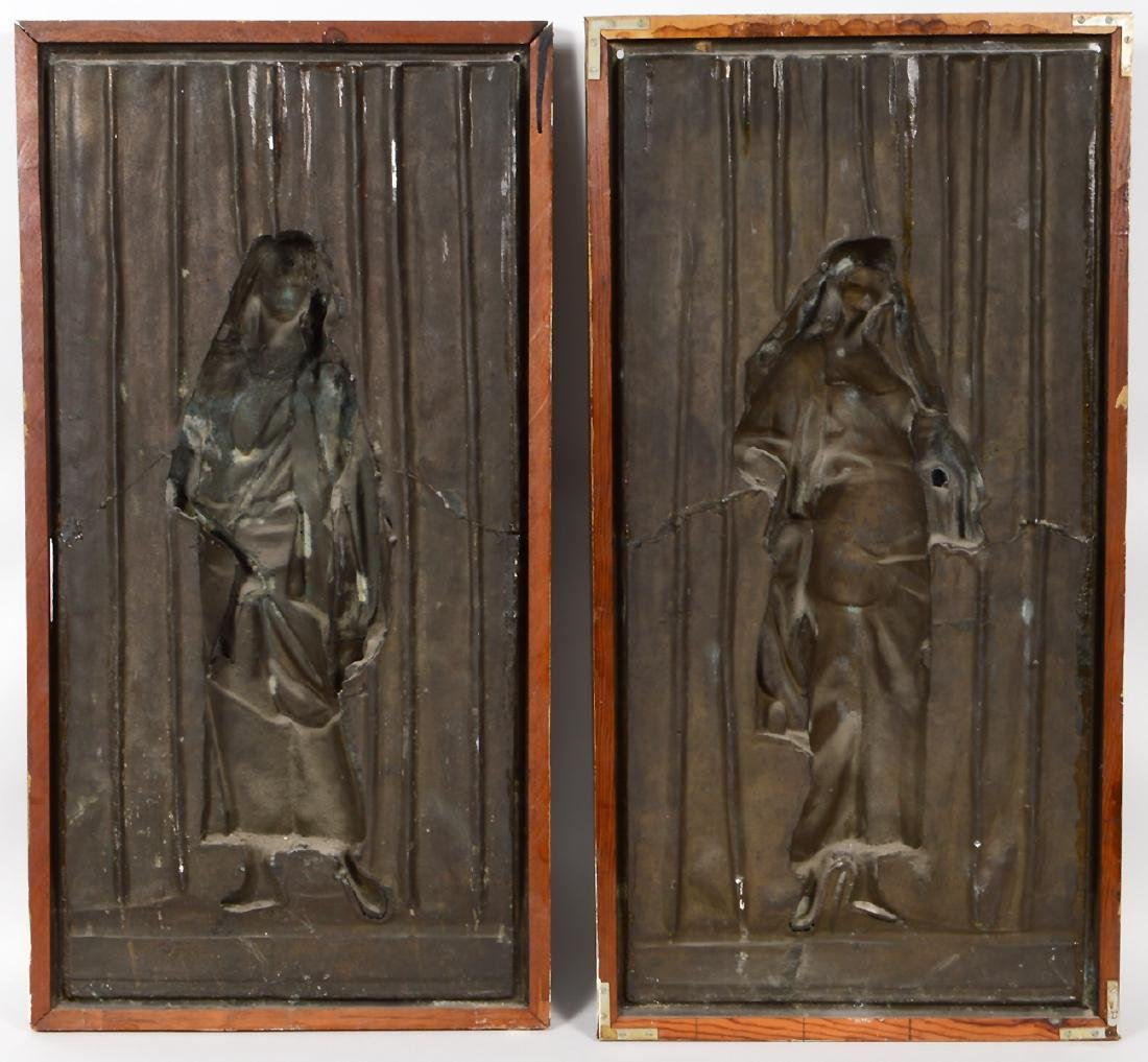 "A PAIR OF FRENCH BRONZE PLAQUES SIGNED ""LOUIS HOTTOT"" - 10"