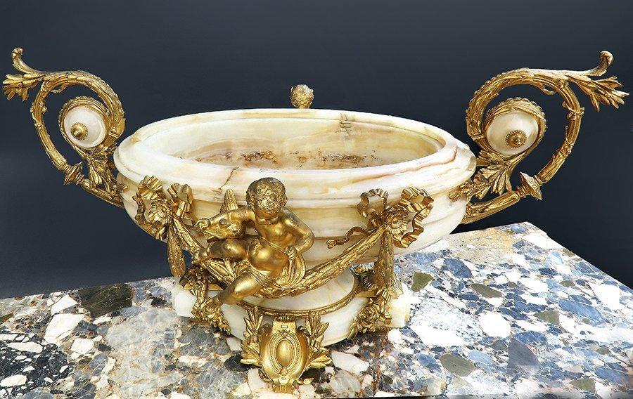 19th C. Monumental Onyx & Figural Bronze Centerpiece - 3