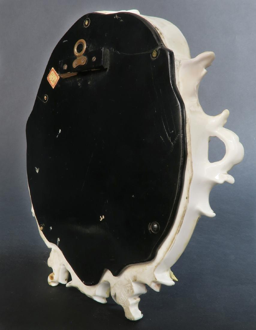 A Meissen Style Figural Mirror, 19th C. - 4