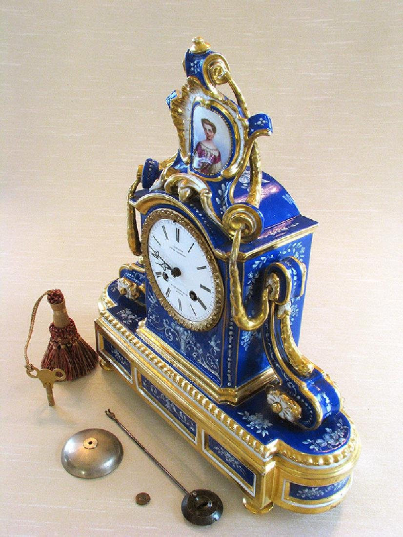 Very Fine French Porcelain Clock, Circa 1860 - 5