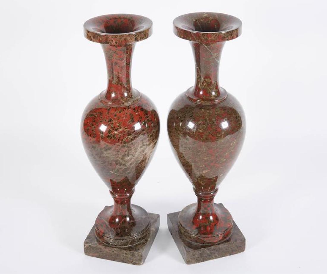 19th C. A Pair Of Neoclassical Jasper Vases - 2