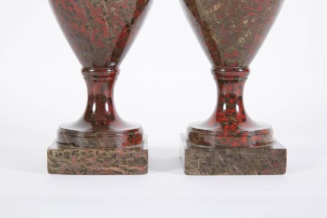 19th C. A Pair Of Neoclassical Jasper Vases - 4