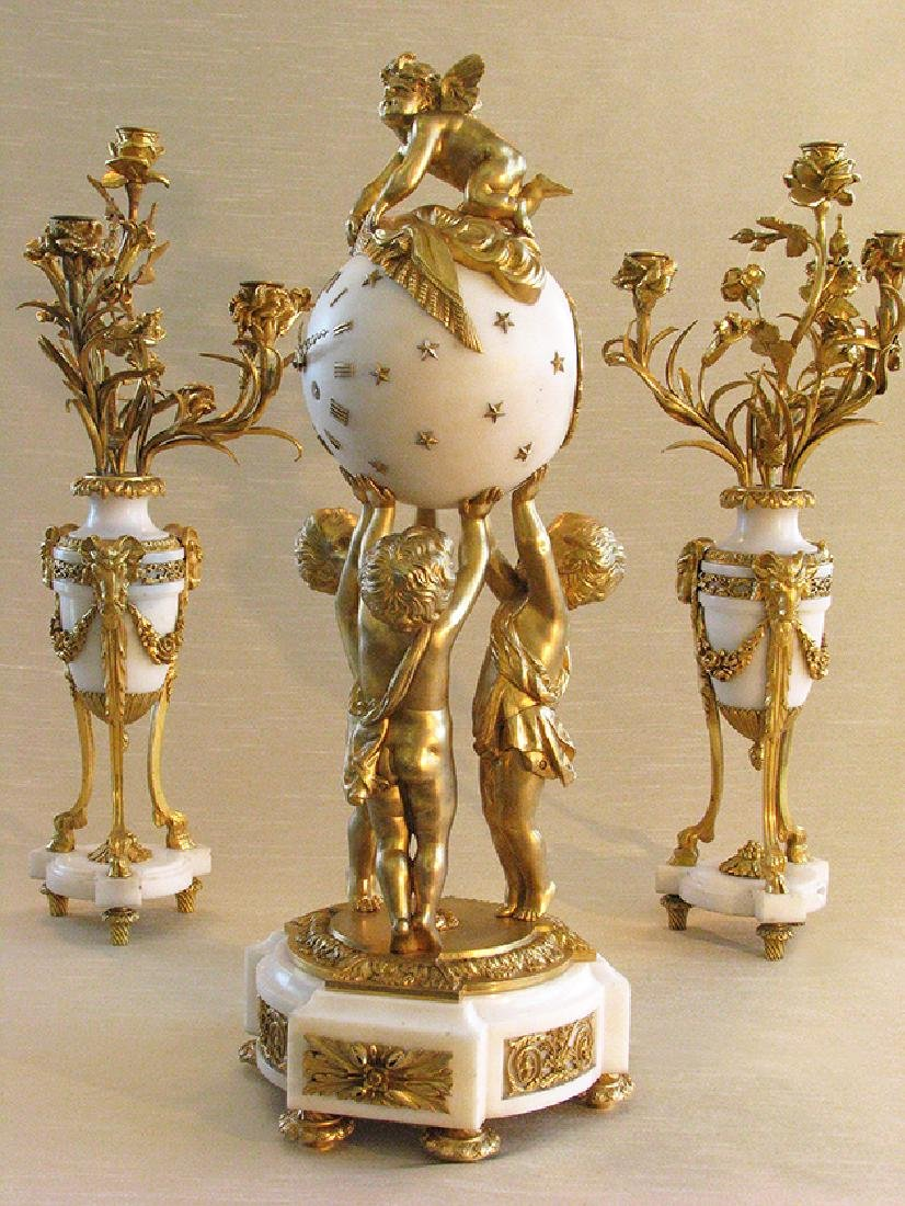 Magnificent French D'Ore Bronze & Marble Clock Set - 3