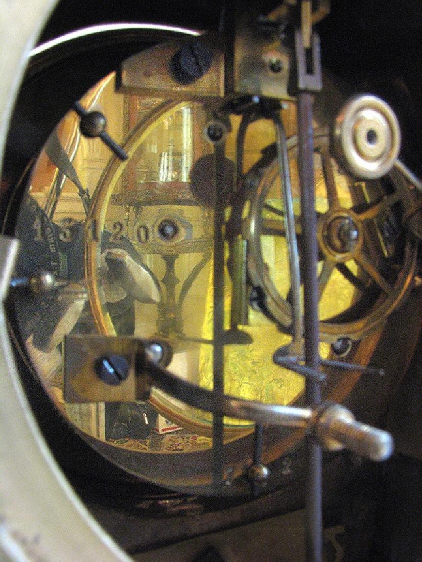 19th C. Elegant Gilt Bronze Rococo style Mantel Clock - 7