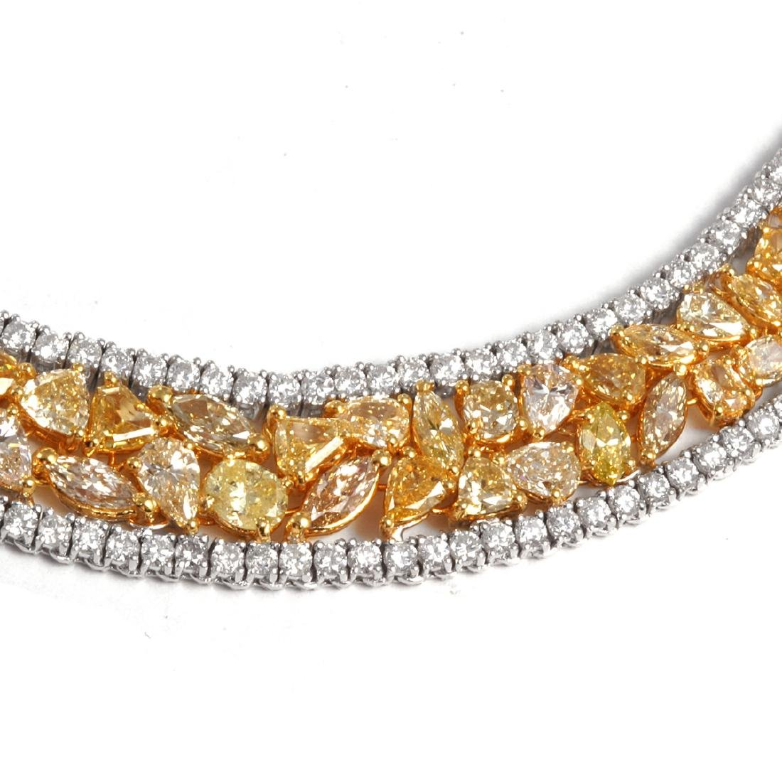 Necklace set with 44.50ct yellow and white diamond - 3