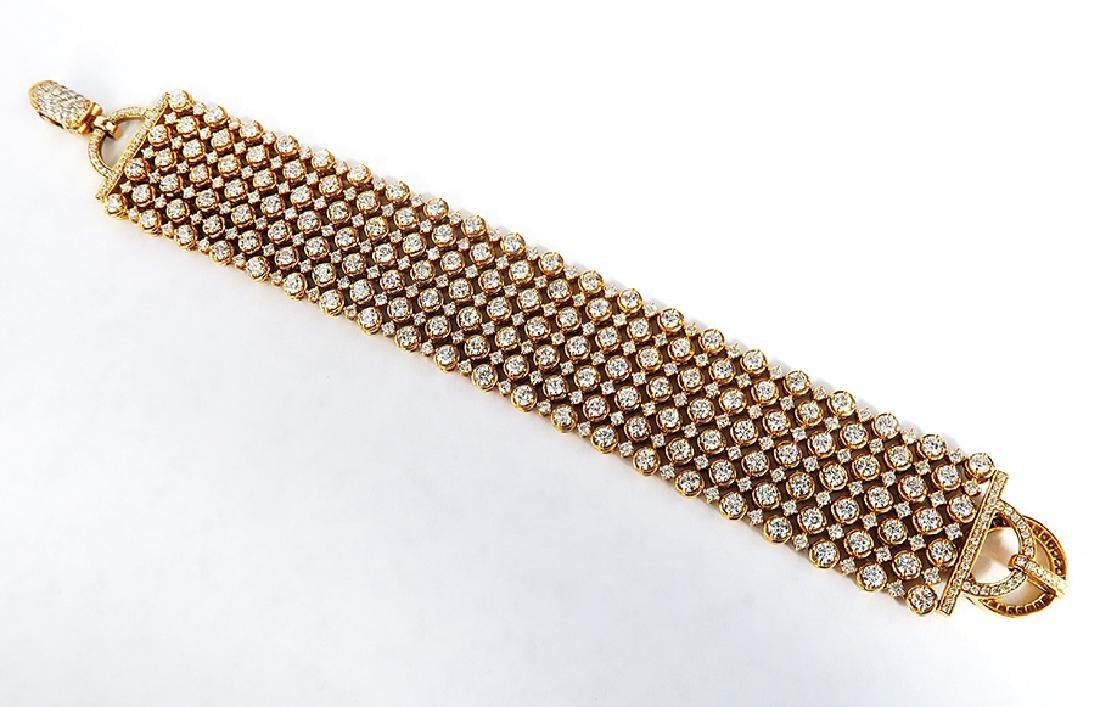 Exquisite 18K Rose Gold and Diamond Bracelet