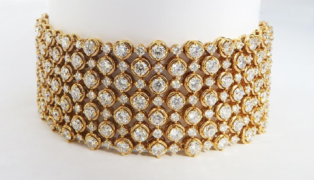 Exquisite 18K Rose Gold and Diamond Bracelet - 4