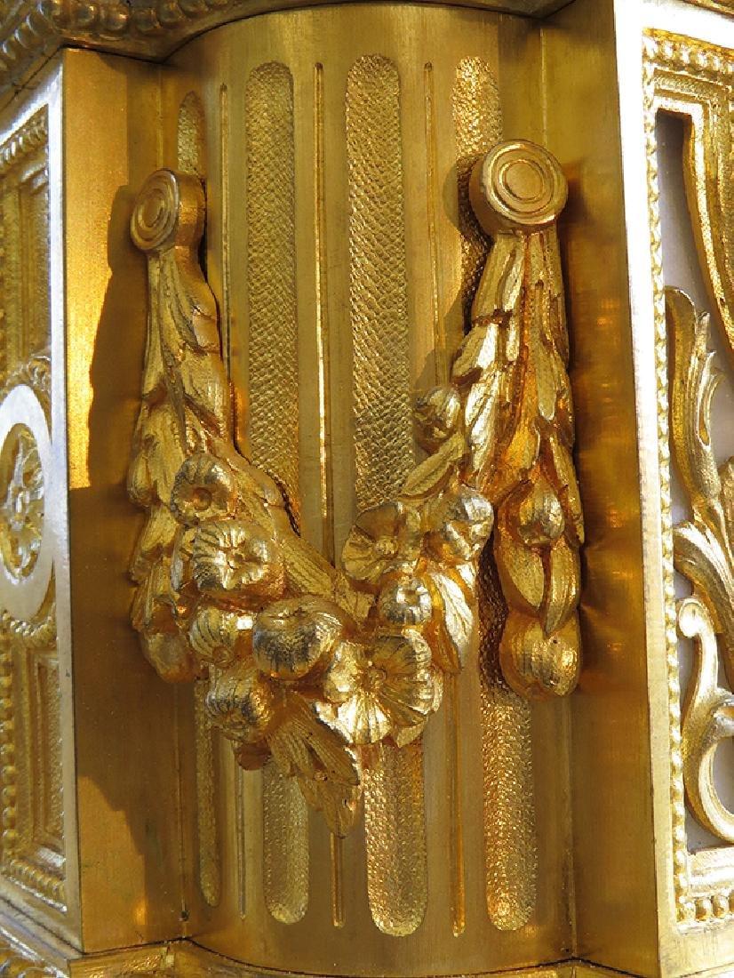 19th C French Gilt Ormolu Mantle Clock by Raingo Freres - 5