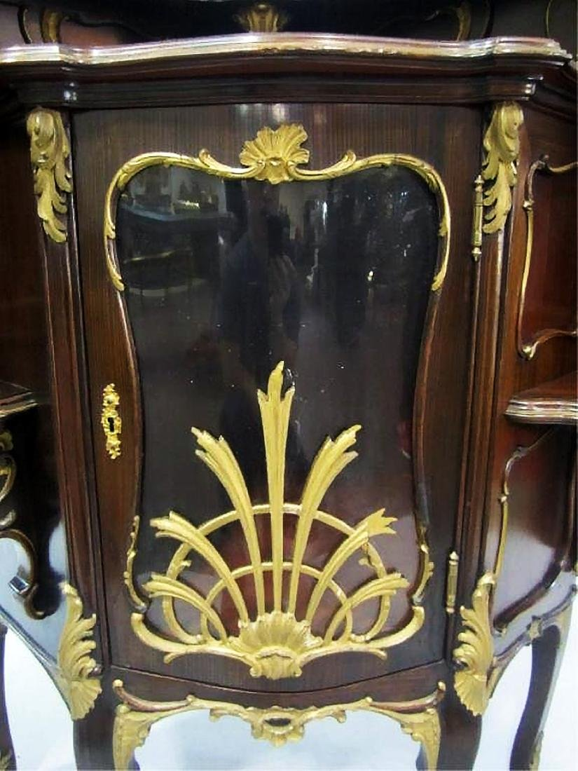 19th C. CARVED WOOD CORNER CABINET - 6