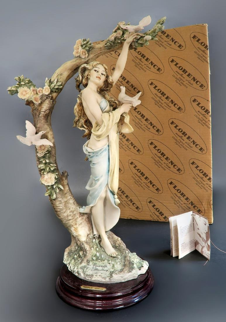 """Giuseppe Armani """"Young Lady With Doves"""" Ltd Edition!"""