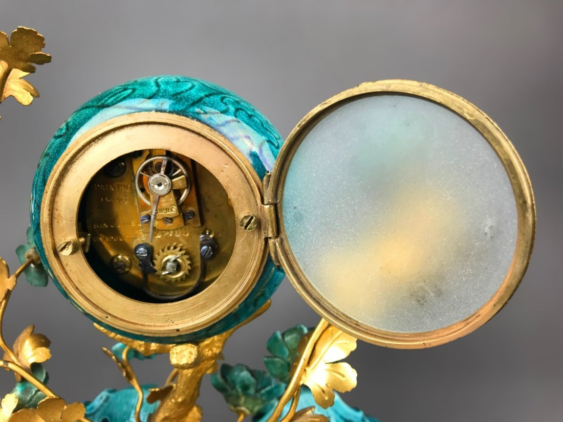 19th C. French Gilt Bronze & Chinese Porcelain Clock - 6