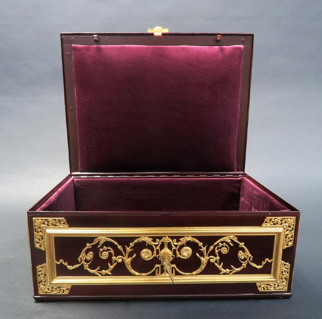 "Large Jewelry Box Signed ""Fichet"" a Paris. 19th C. - 6"