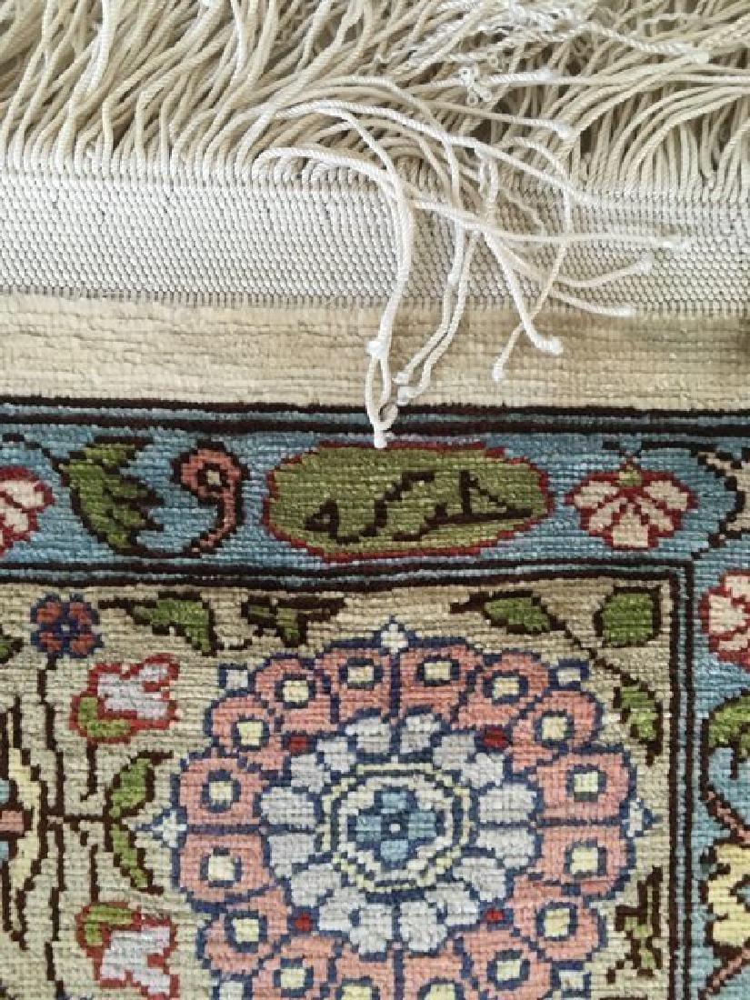 Very Fine Silk on Silk Rug Signed Hereke from Turkey - 2