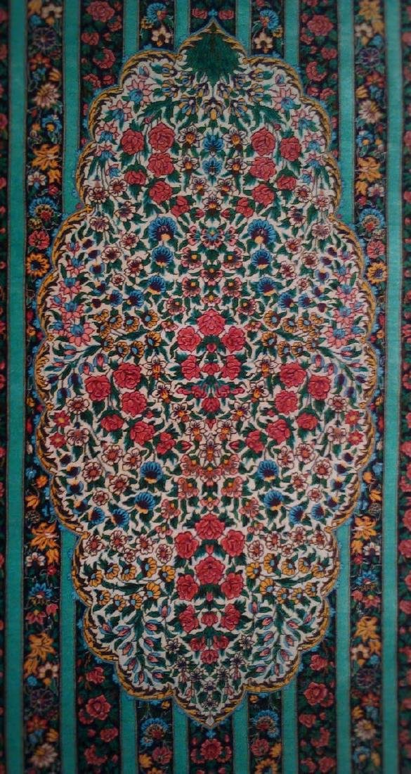 Fine 100% Silk Persian Rug from Qom. Signed - 3