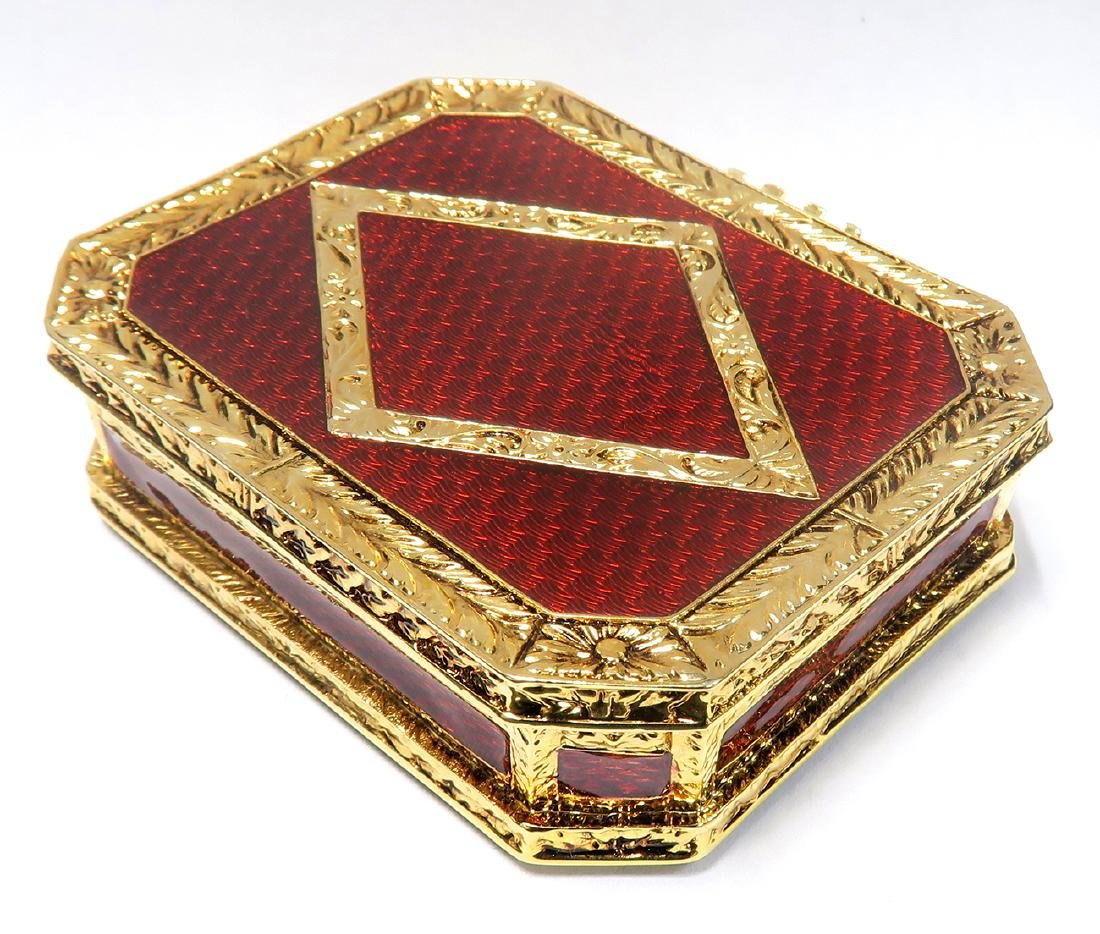 FABERGE Red Guilloche Enamel & Gilt Pill Box - 2