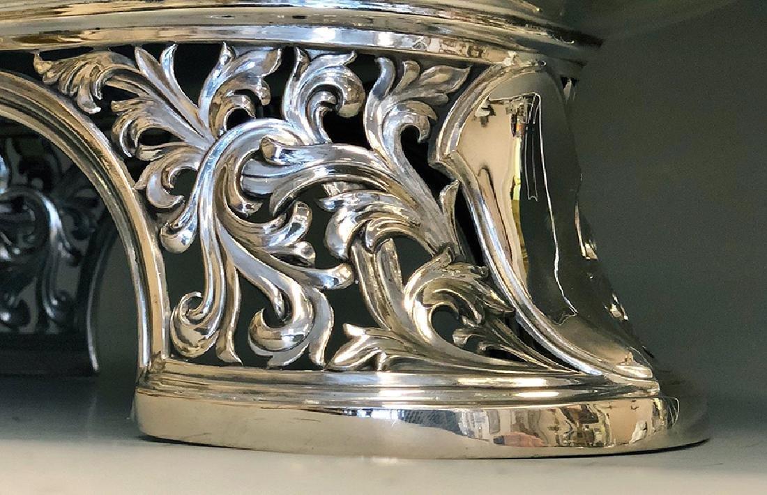 A Beautiful 800 Silver Centerpiece - 3